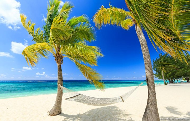 9 Beautiful and Must-visit CaribbeanIslands